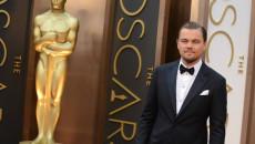 635886039302299772-1836560720_Leonardo-DiCaprio-and-his-pal-Oscar